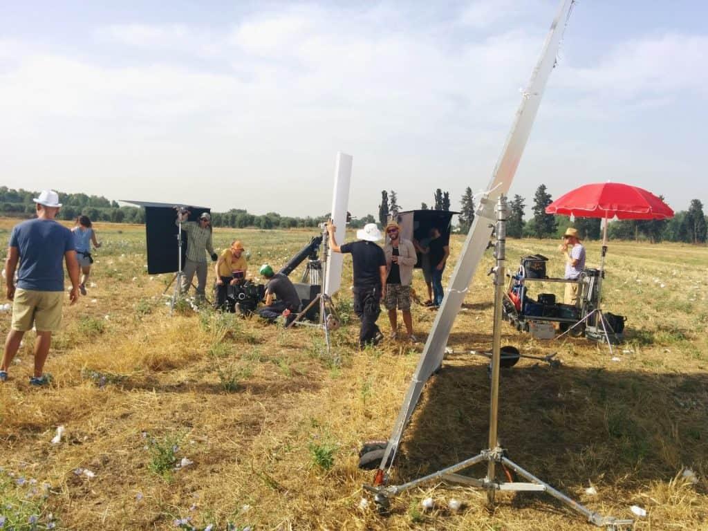 ציוד מחנה בהפקת סרטים פרסומת