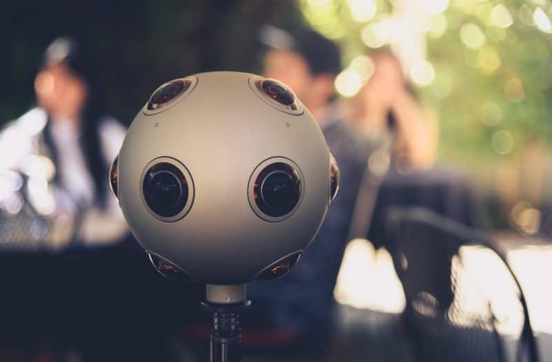 מצלמת 360 נוקיה אוזו איתה מצלמים סרטים למציאות מדומה